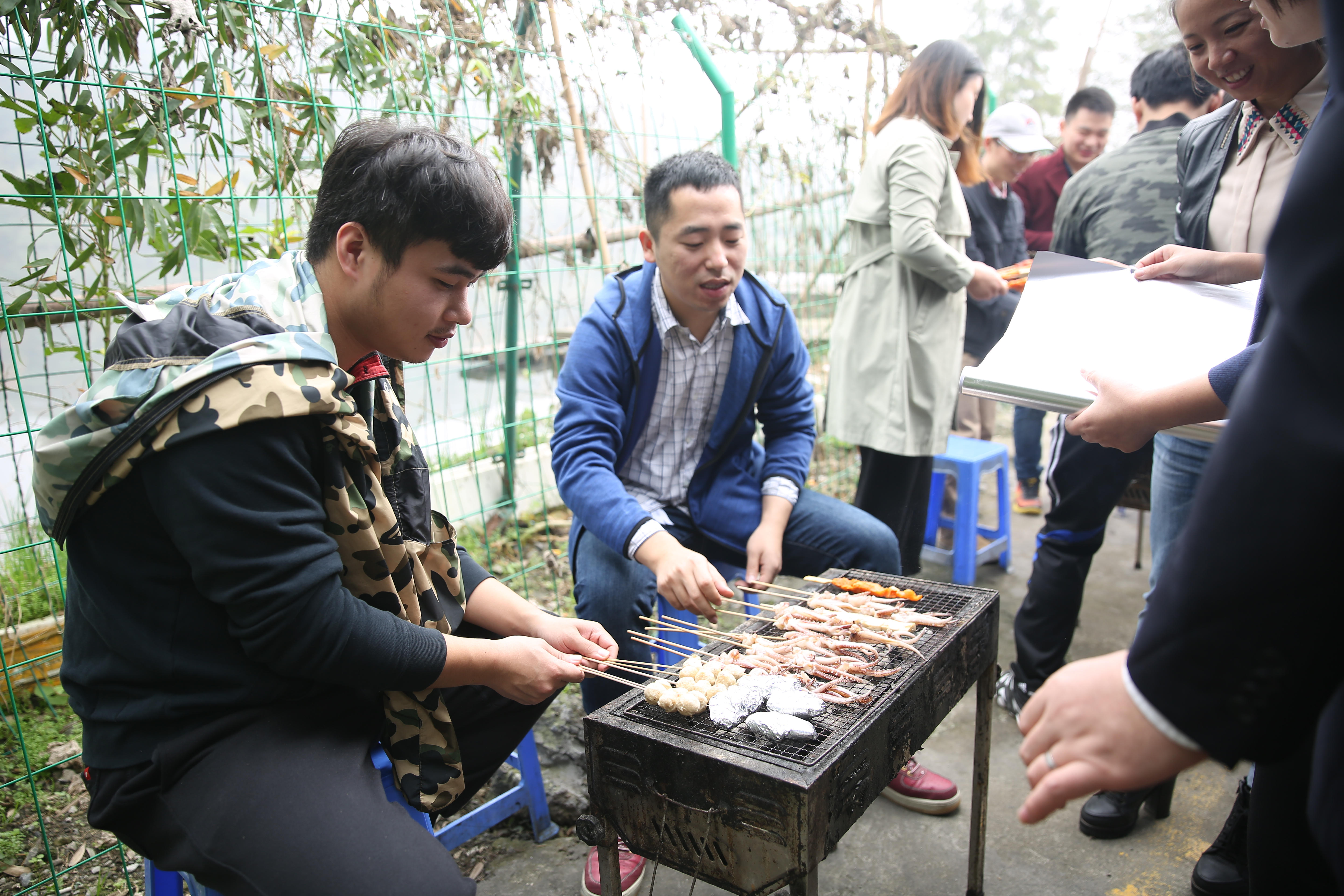 Outdoor barbecue2